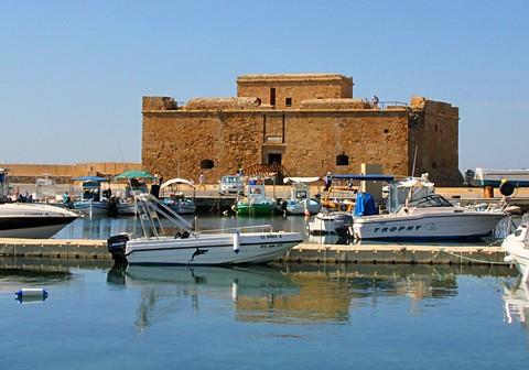 Paphos Fort am Hafen