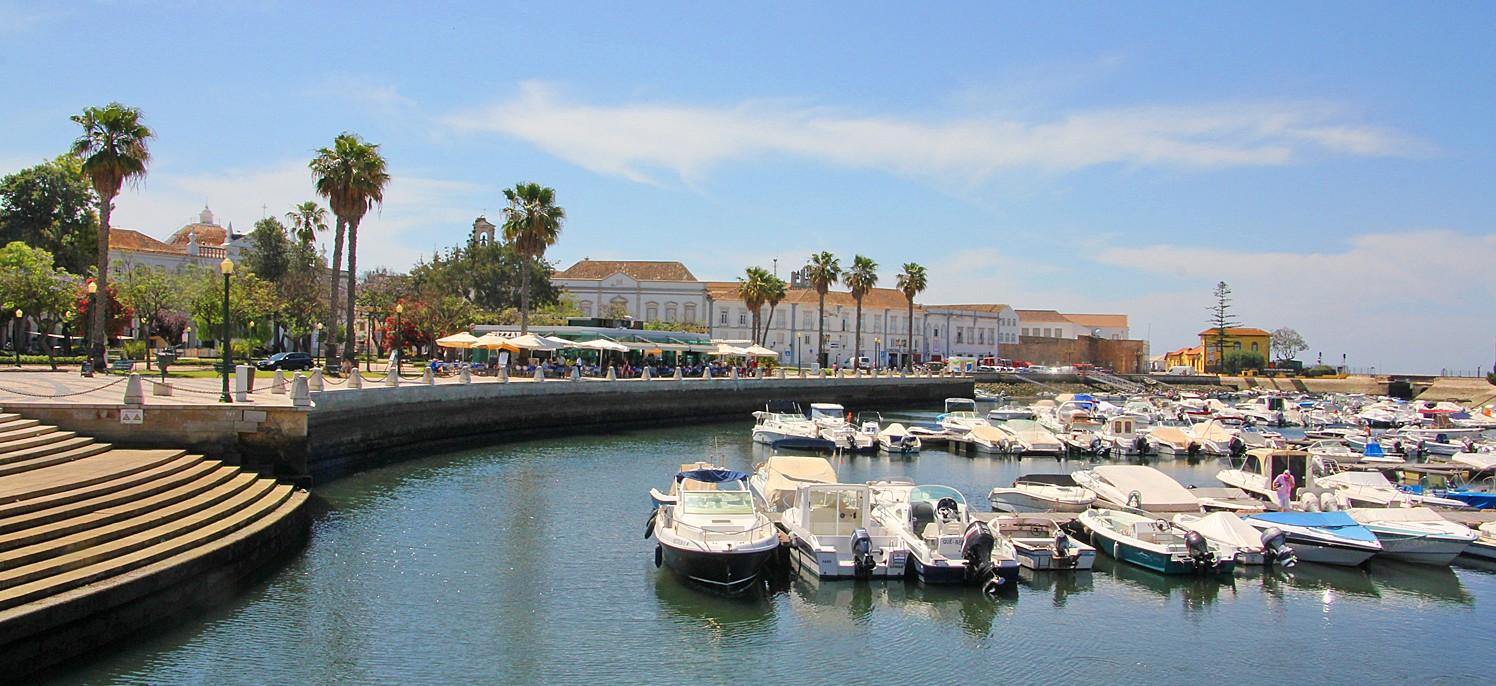 Hafen von Faro an der Algarve