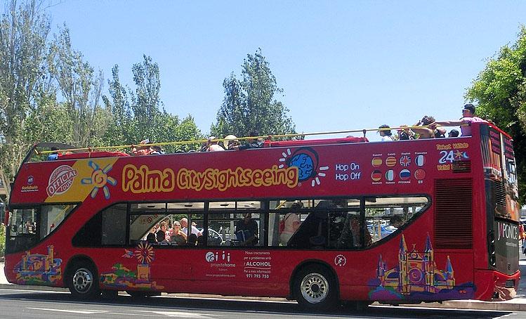 Ausflugsbus in Palma de Mallorca