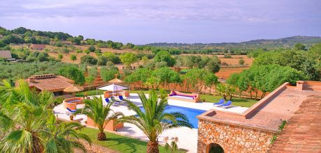 Mallorca Südostküste – Ferienhaus Felanitx 6107 mit Pool, Grundstück 15.000qm, Wohnfläche ca. 260qm. Juli / August An- und Abreisetag Samstag, sonst flexibel – Mindestmietzeit 1 Woche.