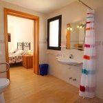 Ferienhaus Can Picafort MA8300 Bad (2)