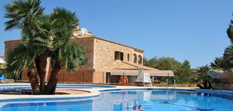 Mallorca Nordküste – barrierefreies Ferienhaus Picafort 8300 mit großem Pool und Kinderpool, Grundstück 14.700qm, Wohnfläche 420qm, Strand 2km. Wechseltag flexibel – 2019 buchbar!