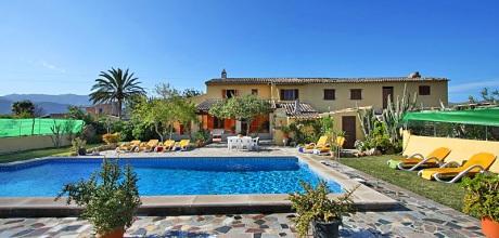 Mallorca Nordküste – Ferienhaus Pollensa 6045 mit Pool, Grundstück 15.000qm, davon Garten 600qm, Wohnfläche 290qm, Strand 4km. Wechseltag Samstag, Nebensaison flexibel!
