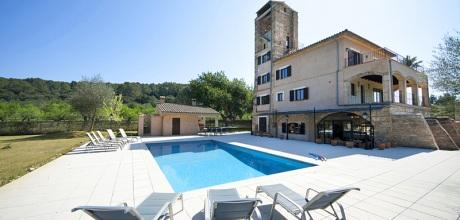 Mallorca Nordküste – Ferienhaus Biniamar 6060 mit Pool, Grundstück 2.500qm, Wohnfläche 300qm. Wechseltag flexibel – Mindestmietzeit 1 Woche!