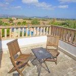 Ferienhaus Mallorca MA7420 Balkon mit Gartenmöbel