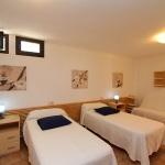 Ferienhaus Mallorca MA7420 Zweibettzimmer (2)