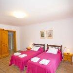Ferienhaus Mallorca MA7420 Zweibettzimmer (3)