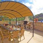 Ferienhaus Mallorca MA8300 überdachter Esstisch
