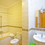 Ferienhaus Mallorca MA8300 Bad mit Wanne (2)