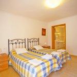 Ferienhaus Mallorca MA8300 Schlafzimmer (2)