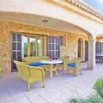 Ferienhaus Mallorca MA8300 Terrasse am Haus