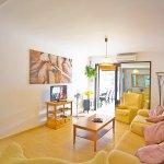 Ferienhaus Mallorca MA8300 Wohnraum mit TV
