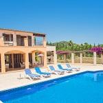 Ferienhaus Mallorca - Sonnenliegen am Swimmingpool