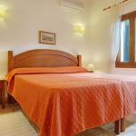 Ferienhaus Pollensa 8385 Schlafraum mit Doppelbett