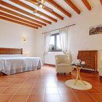 Ferienhaus Pollensa 8385 Schlafzimmer mit Doppelbett