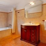 Finca Cas Concos MA6775 Badezimmer mit Wanne