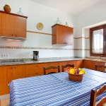Finca Cas Concos MA6775 Küche mit Tisch