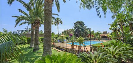 Mallorca Südostküste – Finca S'Horta 5770 mit großem umzäuntem Pool und Palmengarten, Strand 3km, Grundstück 1.600qm, Wohnfläche 300qm. An- und Abreisetag nur Samstag.