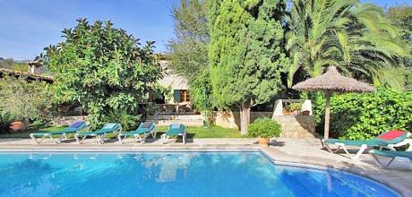 Mallorca Nordküste – Finca Pollensa 6480 mit Pool und Internet für 12 Personen mieten. Wechseltag vom 09.06. – 08.09. ist Samstag, Rest flexibel, Mindestmietzeit 5 Tage.