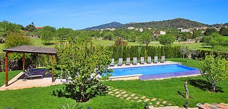 Mallorca Südostküste – Luxus Finca Calonge 6652 mit Pool und gepflegtem Garten, Strand 6km, Grundstück 3.700qm, Wohnfläche 274qm. Wechseltag Samstag.