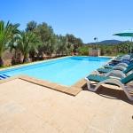 Finca Mallorca MA6775 Pool mit Sonnenliegen