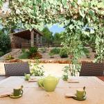Finca Mallorca MA6860 Gartenmöbel auf der Terrasse