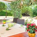 Finca Mallorca MA6860 Gartentisch