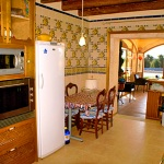 Finca-Mallorca-MA7065-Küche-mit-Tisch