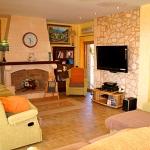 Finca-Mallorca-MA7065-Wohnbereich-mit-TV