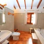 Landhaus Mallorca MA6348 Bad mit Wanne