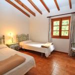 Landhaus Mallorca MA6348 Schlafraum mit 2 Betten