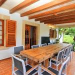 Landhaus Mallorca MA6348 Terrasse mit Esstisch