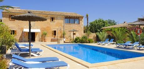 Mallorca Südostküste – Finca Cas Concos 7671 mit Pool für 12-14 Personen mieten. Wechseltag im Juli + August nur Samstag – Mindestmietzeit 1 Woche.