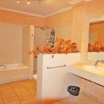 Villa Mallorca MA6651 Bad mit Wanne (2)