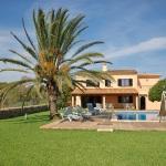 Ferienhaus Cala d Or MA5730 Rasen um den Pool