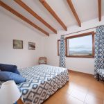 ferienhaus-mallorca-ma5050-schlafraum-mit-doppelbett