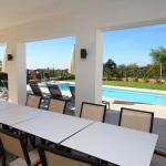 Ferienhaus Mallorca MA5550 - Gartentisch mit Blick auf den Pool