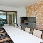 Ferienhaus Mallorca MA5550 - großer Gartentisch