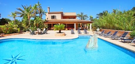 Mallorca Südostküste – Ferienhaus Cala D'Or 5645 mit großem Pool, Strand 2km, Grundstück 15.000qm, Wohnfläche 375qm. An- und Abreisetag nur Samstag. – 2018 buchbar!
