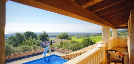 Mallorca Südostküste – Komfort Ferienhaus S'Horta 5646 mit Meerblick, Grundstück 15.000qm, Wohnfläche 350qm. vom 29.06. – 31.08. ist der Wechseltag Samstag, sonst flexibel, Mindestmietzeit 1 Woche.