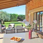 Ferienhaus Mallorca MA5650 Esstisch auf der Terrasse