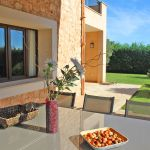 Ferienhaus Mallorca MA5650 Gartenmöbel auf der Terrasse