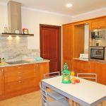 Ferienhaus Mallorca MA5650 Küche mit Tisch
