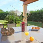 Ferienhaus Mallorca MA5650 Tisch auf der Terrasse
