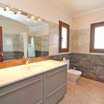 Ferienhaus Mallorca MA5650 Waschtisch im Bad (2)