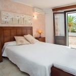 Ferienhaus Mallorca MA5940 Schlafzimmer mit Doppelbett