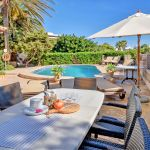 Ferienhaus Mallorca MA5950 Gartenmöbel auf der Terrasse (2)