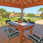 Ferienhaus Mallorca MA6007 überdachte Terrasse mit Esstisch