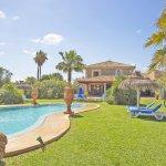 Ferienhaus Mallorca MA6007 Steinwand hinter dem Pool