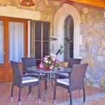 Ferienhaus Mallorca MA6007 Tisch auf der Terrasse